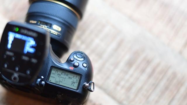 Apparat da fotografar sin maisa.