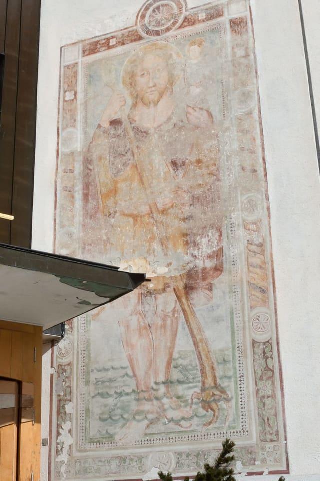 Il fresco da Sogn Christoffel sin la baselgia da Breil.