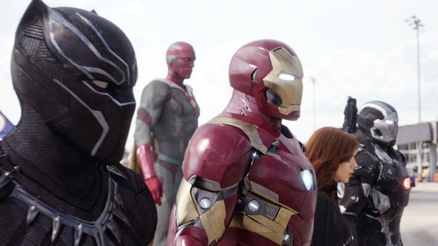 Iron Man und andere Superhelden.