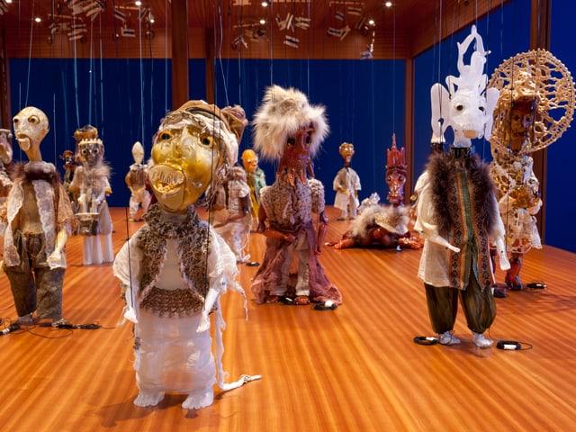 Die Marionetten in Nahaufnahme.