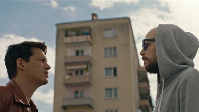 Die Hauptfiguren Benny und Marko aus «Die Migrantigen».