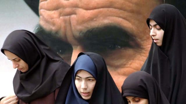 Der Kopftuchzwang im Iran