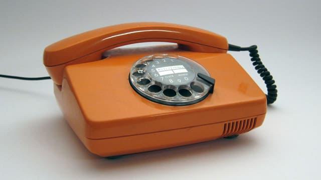 Ein Fernsprechtischapparat der deutschen Bundespost (1970er-Jahre).