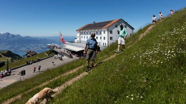 Blick auf das Hotel Rigi Kulm