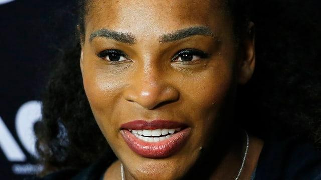 Serena Williams lässt sich von den rassistischen Aussagen Nastases nicht unterkriegen.