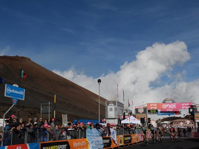 Das Ziel einer Giro-Etappe auf dem Ätna