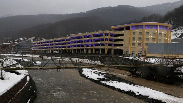 Der Komplex für Biathlon- und Skiwettbewerbe in Krasnaja Poljana nahe Sotschi.