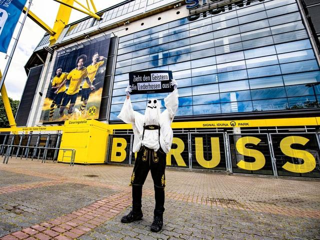 Geisterspiel in Dortmund