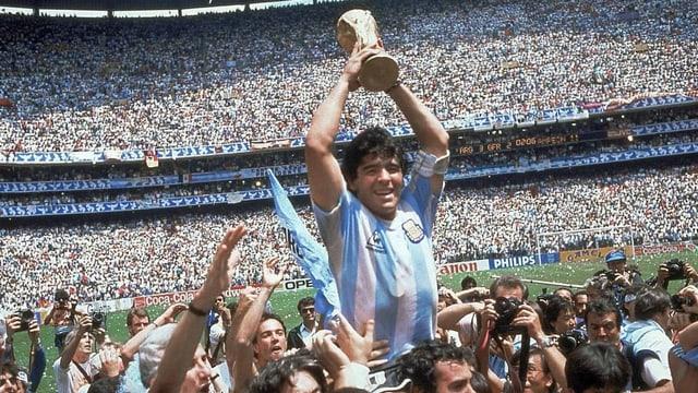 Fussball-Ikone Diego Armando Maradona ist tot