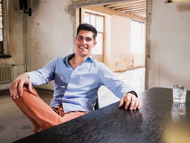 Der Schweizer Radsportler Franco Marvulli lacht in die Kamera