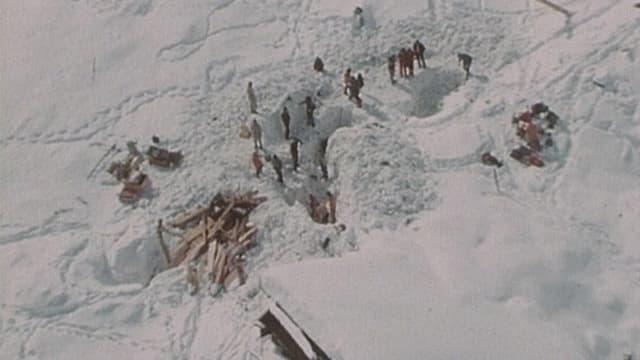 Trais persunas èn mortas en la lavina dad Acla il 1975.