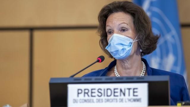 Elisabeth Tichy-Fisslberger eröffnet die 45. Sitzung des Menschenrechtsrats in Genf.