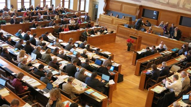 Das Kantonsparlament von schräg oben gesehen.