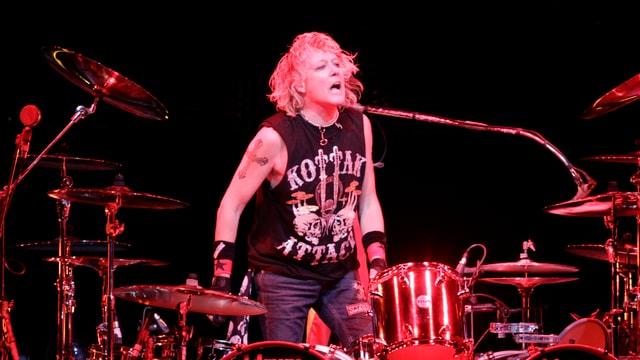 Gitterstäbe statt Schlagzeugstöcke: James Kottak, seit 1996 Schlagzeuger der Band Scorpions, sitzt in Dubai im Gefängnis.