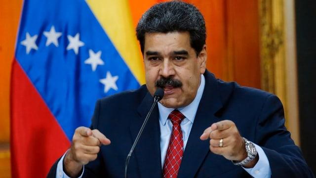 Purtret da Maduro durant in pled.