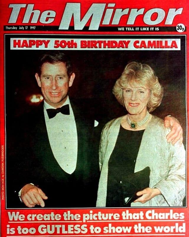 Zeitungsausschnitt von The Mirror. Darauf sind Charles und Camilla zu sehen.