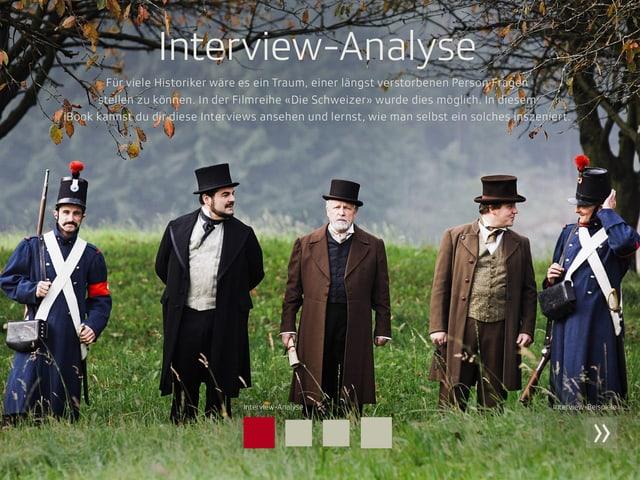 Fünf Männer, historische Personen der Schweiz, dargestellt von Schauspielern, laufen über eine Wiese.