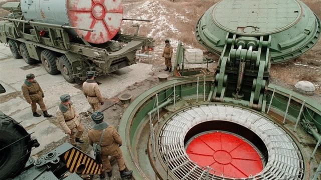 Rampa per sajettar armas atomaras en la Russia.