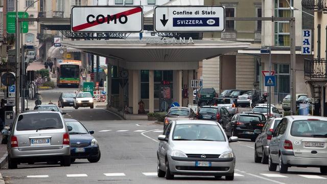 Grenzübergang nach Como, Italien.