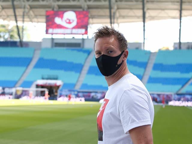 Julian Nagelsmann mit Maske