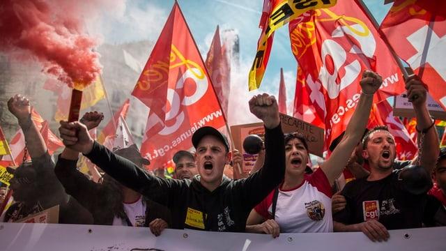 protestierenden Gewerkschafter der CGT
