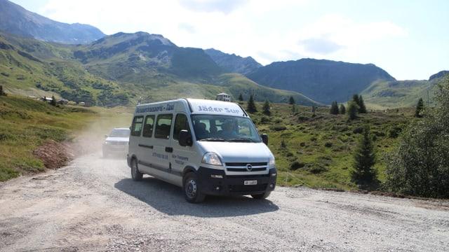La lingia dal Bus Alpin che va sin l'Alp Flex.