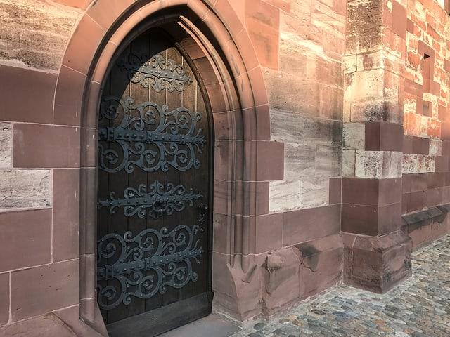 Der Rundbogen am Münster.
