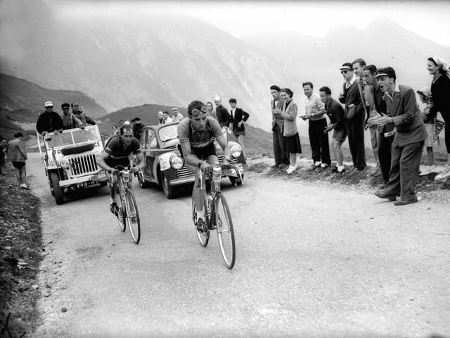 Hugo Koblet mit Gino Bartali am Hinterrad.