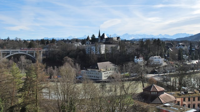 Video ««SRF bi de Lüt – Unsere Stadt»: Bern (3/3)» abspielen