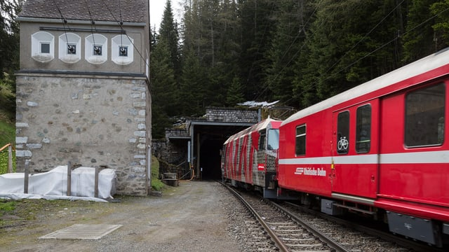 Il tunnel da l'Alvra.