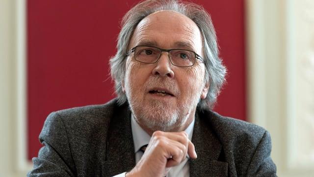 Il procuratur public dal Tessin Dick Marty che declera.
