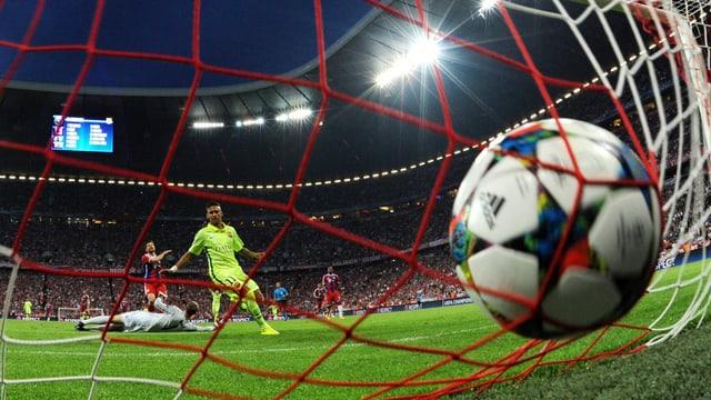 Neymar erzielt in München zwei Tore und lässt die kleinen Zweifel an einem Finaleinzug schnell verstummen.