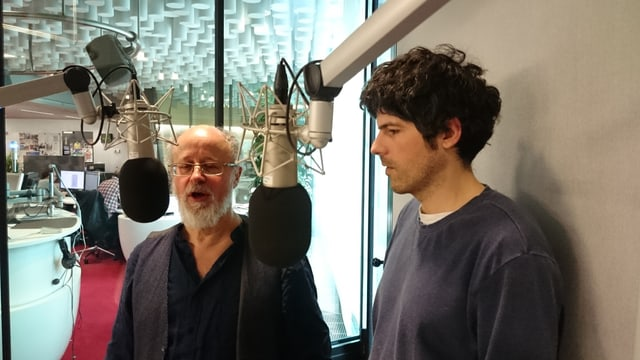 Luis Coray e Pascal Gamboni en il studio dal Radio Rumantsch.