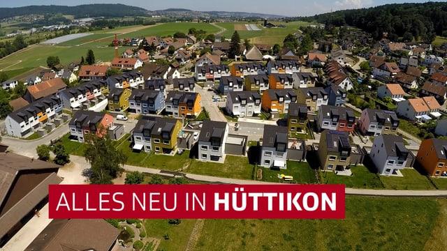 Dorf Hüttikon aus der Vogelperspektive mit Logo