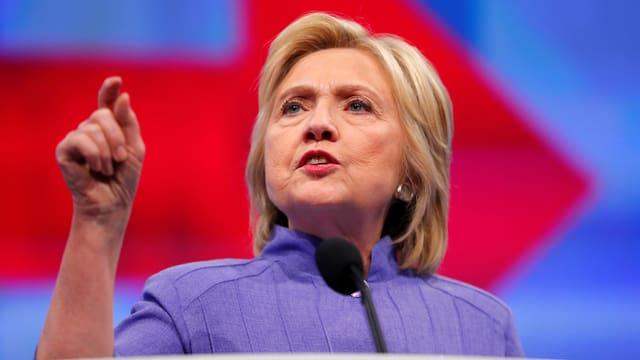 Hillary Clinton bei einer Rede