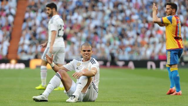 Real Madrid patzt gegen Valencia und verspielt damit wohl den Meistertitel.