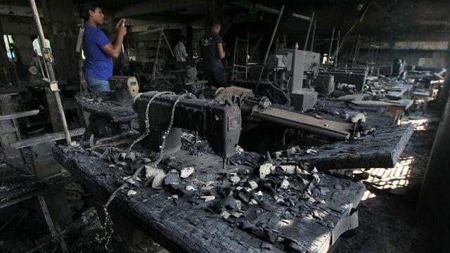 Ausgebrannte Fabrikhalle