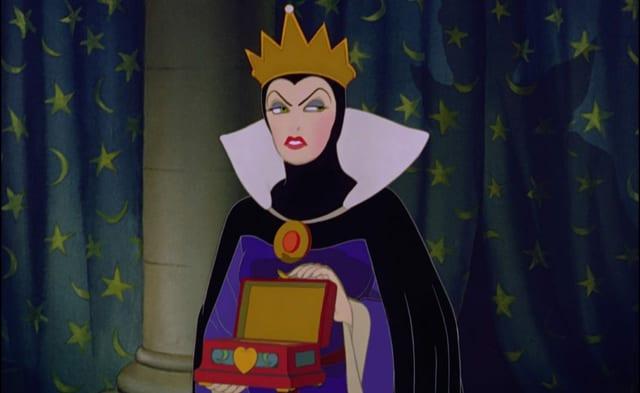 Will für immer die schönste im ganzen Land sein: Königin Grimhilde.