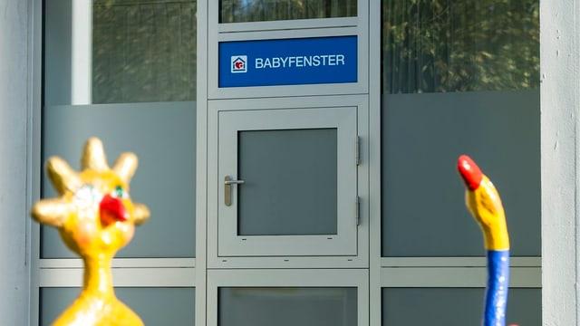 Sicht auf das Babyfenster im Spital Lindenhof in Bern.