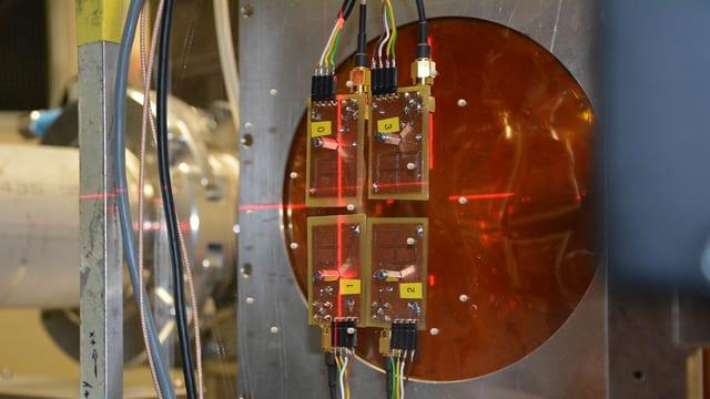 Schweizer Innovation: Smartphone-Technologie für Nano-Satelliten