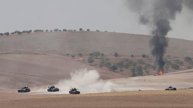 Ils tancs dal militar tirc en Siria.