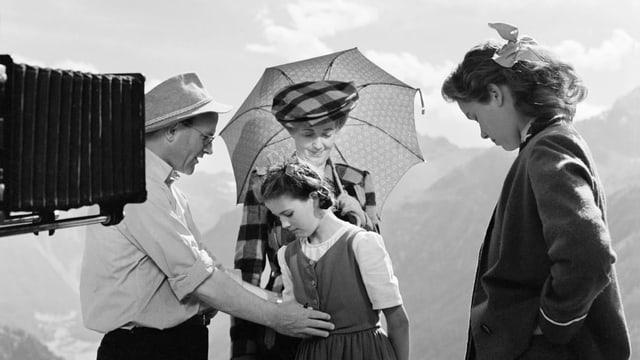 Franz Schnyder auf dem Set von Heidi und Peter.