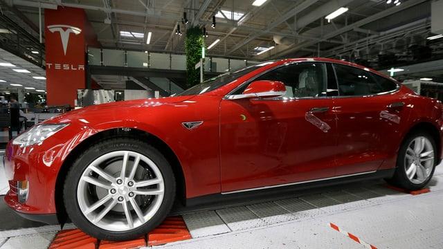 Auto Tesla.