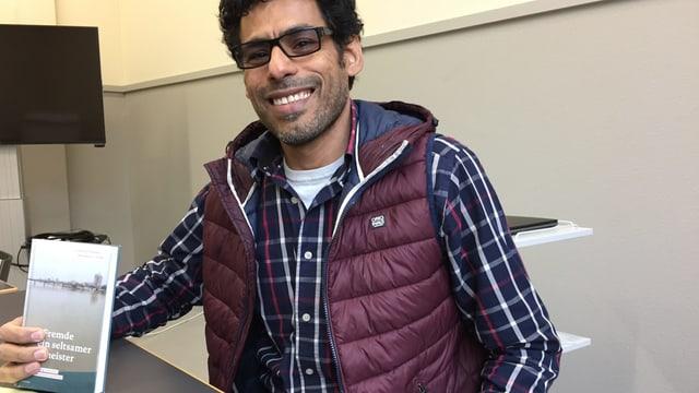 Usama al Shahmani: Der Flüchtling aus dem Irak berichtet in einem Buch über seine Erfahrungen.