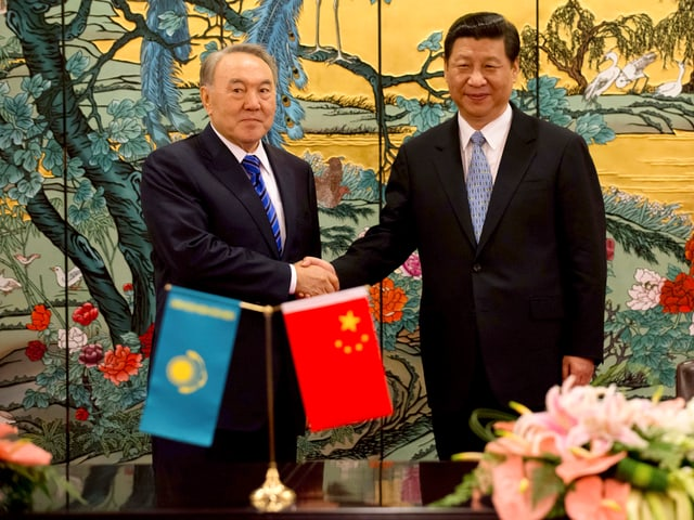 Nursultan Nasarbajew und Xi Jinping