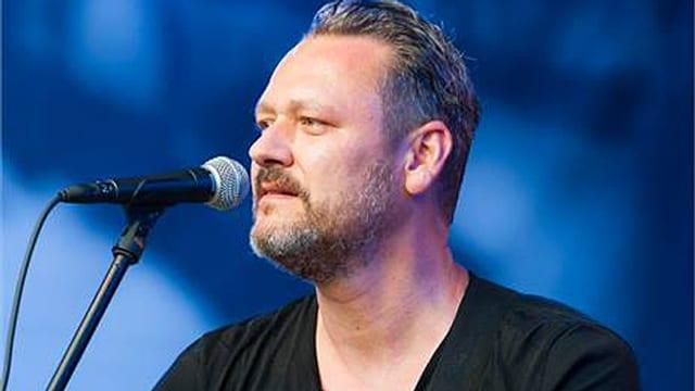 Christoph Baumgartner alias Baum bei seinem Konzert am Stimmenfestival im Juli 2013.
