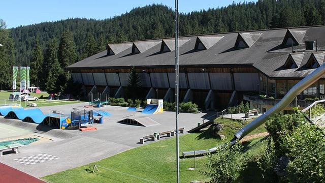 Il center da sport Prau la Selva a Flem.