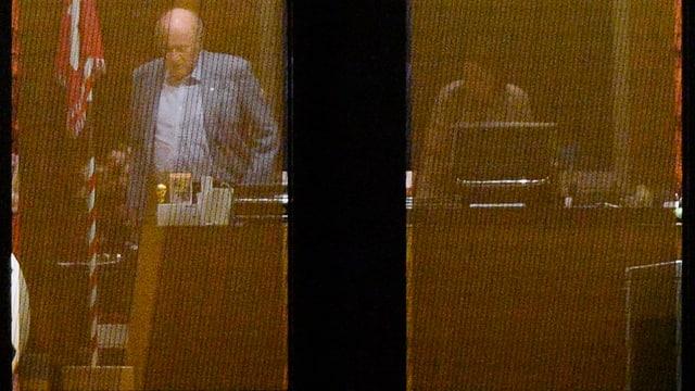 Sepp Blatter in seinem Büro