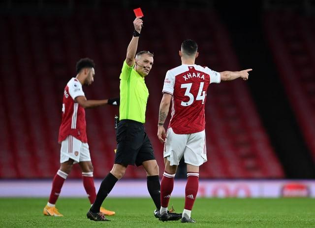 Granit Xhaka sah gegen Burnley die rote Karte.