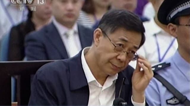 Bo Xilai im Gerichtssaal.